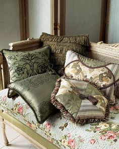 Quilted Settee Cushion... (400×500)
