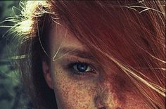 4 DIY Beauty Tips For Redhead Eyes   How to be a Redhead
