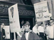 1965 Chicago Protest Of Vietnam War Picket Wire Photo