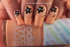 Models Own - Peach Melba flower nail art #nailart #nails #nailstagram #bblogger #beauty #nailpolish #manicure #nailpolish #glitter #bling #sparkle #nailit