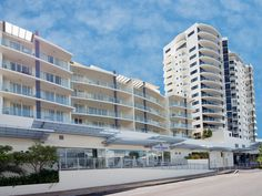 Cairns Park Regis City Quays Hotel Australia, Pacific Ocean and Australia Park Regis City Quays Hotel is conveniently located in the popular Cairns City Center area. The hotel offers a high standard of service and amenities to suit the individual needs of all travelers. Free Wi-Fi in all rooms, facilities for disabled guests, luggage storage, Wi-Fi in public areas, car park are there for guest's enjoyment. Each guestroom is elegantly furnished and equipped with handy amenities...