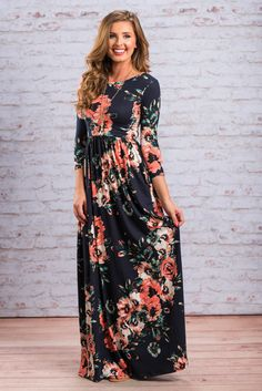 We promise, this maxi dress is perfection! It's soft and stretchy fabric is so comfy! The fit also makes this maxi incredibly comfy but also flattering! The fabric is gathered around the waist giving it a very nice fit!  Material has generous amount of stretch. Chelsea is wearing the small. Sizes fit: Small- 0-4; Medium- 6; Large- 8-10