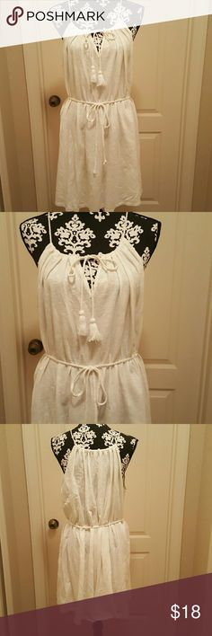 Beautiful White Mini Dress Gorgeous white mini dress, knit, tassle ties,  thin tie belt. Dress can be worn with or without belt. Great summer dress. Never worn, no tag.  M but can fit L/XL. Merona Dresses Mini