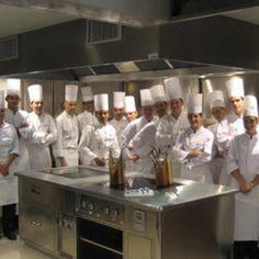 #food #alainducasse #alainducasseformation #altagastronomia #france #chefalainducasse #queroserchef #viagem #viagens #menu #chic #luxo #luxury #chefdecozinha