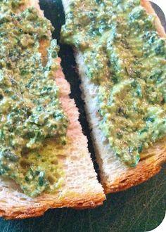 Vegan Walnut Pesto! Great health recipe to eat for a snack! | vegan mother hubbard Veg Recipes, Whole Food Recipes, Healthy Recipes, Vegetarian Recipes, Healthy Food, Vegan Sauces, Vegan Foods, Dips, Walnut Pesto