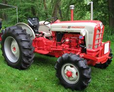 1958 Ford 841 Diesel tractor with Elenco 4WD conversion