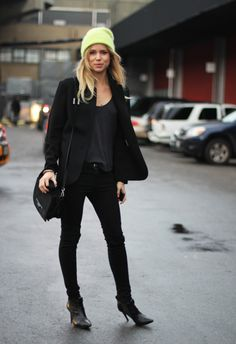 All black with a pop of #neon. I'm all about this look! #fashion #style #blackonblack