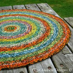£70.00. Ready to ship worldwide. Crochet round rug 44''(114cm)/crochet rug/crochet area rug/crochet floor rug/area rug/floor rug/handmade rug/round rug/rugs/hand crochet rug