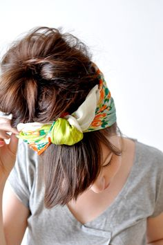 Bad hair day made cute. Cool Easy Hairstyles, Summer Hairstyles, Pretty Hairstyles, Wedding Hairstyles, Travel Hairstyles, Scarf Hairstyles, Head Scarf Tutorial, Headband Tutorial, Bad Hair