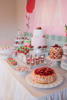 Strawberry Shortcake Party This would make an awesome bridal or baby shower theme, minus the cartoon. but everything strawberry :) Lila Party, Festa Party, Party Party, Glow Party, Girl 2nd Birthday, 2nd Birthday Parties, Birthday Ideas, Birthday Themes For Girls, Strawberry Shortcake Birthday