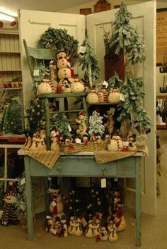 country christmas decorations | Swiss Country Lawn & Crafts: Festive Holiday Décor for Your Home | i ...