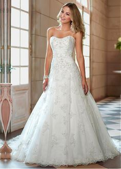 Buy discount Alluring Tulle Sweetheart Neckline Natural Waistline A-line Wedding Dress at Dressilyme.com