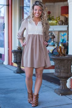 They say the power of love is amazingly strong, but have you ever experienced the power of a little mocha dress? Seriously, this dreamy shift is a force to be reckoned with and will have you looking f-l-a-w-l-e-s-s in no time thanks to the easy style.