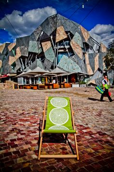 Federation Square, Melbourne CBD - perfect place to sit in the sun, listen to music from the big screen or have a look at the street artists. Melbourne Trip, Visit Melbourne, Melbourne Cbd, Melbourne Victoria, Melbourne Australia, Australia Travel, Western Australia, Australian Architecture, Street Artists
