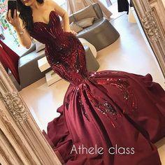 Deslumbrante! ❤❤ . . . . . #sexy #details #detalhes #dream #dress #dresses #vestido #colors #weddingday #weddingphotography #wedding #weddings #weddingdress #beautiful #bride #brides #bridal #casamento #noiva #noivas #l4l #like4like #inspiração #instagram #instagood #groom #blog #sonhocasamento #luxury #luxo