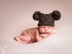 #Newborn Photography by ANI Portraits http://www.aniportraits.com #newbornphotographer #losangelesphotographer #newbornbaby #newbornbabyboy #babyboy INSTAGRAM @ANIportraits FACEBOOK: www.facebook.com/aniportraits