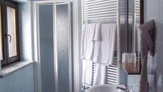 Badrum på Hotel Piolet, Cervinia STS Alpresor