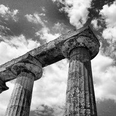 tavole palatne a Metaponto, particolare del capitello.