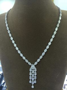 Illusions diamonds necklace
