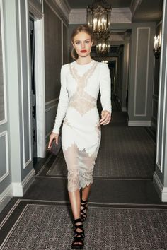 LACE DRESS ! I love the whole look