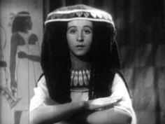 Experimental film The Mummy by Bill Domonkos (2011). #videoart #egypt #worldfreindship