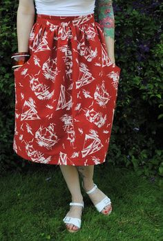 Brumby skirt pattern by Megan Nielsen   By Gum, By Golly