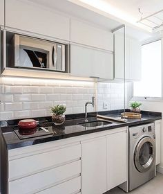 """6,538 curtidas, 60 comentários - Felipe Antônio Potratz (@maisinteriores) no Instagram: """"Hello people! Cozinha e área de serviço em branco clássico nos revestimento e marcenaria trouxeram…"""""""