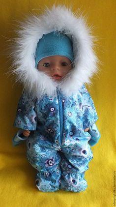 Купить или заказать Одежда для Беби Борн в интернет-магазине на Ярмарке Мастеров. Зимний комбинезончик для куклы Baby Born . Зимний комбинезончик на куклу 42-45 см Комплект состоит из комбинезон шапочка варежки Прекрасно подойдёт для прогулок.