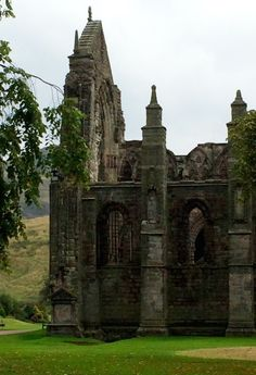 Abbey ruins at Holyrood Castle