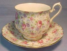 Chintz Rosebud china cup and saucer Vintage China, Vintage Tea, Antique China, Tea Cup Saucer, Tea Cups, Fru Fru, Cafetiere, Teapots And Cups, Tea Art