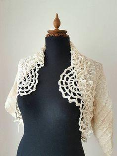 Mira este artículo en mi tienda de Etsy: https://www.etsy.com/es/listing/30966816/patchwork-tejidas-a-mano-y-ganchillo