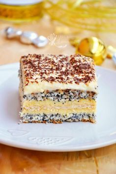 Prajitura Tosca via Romanian Desserts, Romanian Food, No Bake Desserts, Easy Desserts, Dessert Recipes, Cake Filling Recipes, Cookie Recipes, Delicious Deserts, Yummy Food