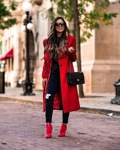 Meet Maria Vizuete, see 691 looks from Maria Vizuete for outfit ideas and style inspiration on ShopStyle Red Booties, Booties Outfit, Fall Winter Outfits, Autumn Winter Fashion, Christmas Outfits, Chic Outfits, Fashion Outfits, Womens Fashion, Look Fashion