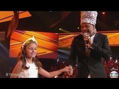 Carlinhos Brown e Rafa Gomes cantam É tão lindo na FINAL do the voice kids