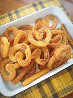 Bake your favorite treats with our many sweet recipes and baking ideas for desserts, cupcakes, breakfast and more at Cooking Channel. Churros, Cheap Sweets, Sweets Recipes, Cooking Recipes, Puff And Pie, Homemade Sweets, Cafe Food, Food Pictures, Food And Drink