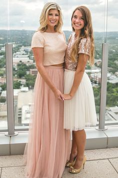 Giving a colour theme, but allowing each sister to get creative with it is such a fun idea, seen here with the Bandi Top Rose Gold and Skylar Tulle Skirt Cream