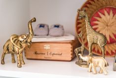 Gold Safari Animals - adorable nursery shelf decor!