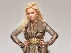 Behind the Scenes with Nashville star Clare Bowen - Nashville Lifestyles