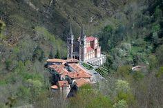 Basílica de Covadonga, Asturias, España, lugares con encanto