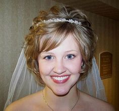 hair bands for wedding day   Wedding Hairstyles Short Curly Hair a La Lady Diana