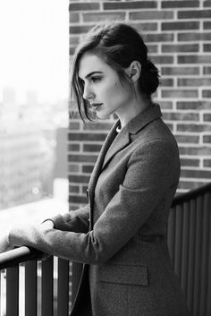 gal gadot. sophisticated & gorgeous!!