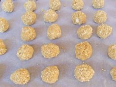 Peanut Butter Balls with Rice Krispies | Cakescottage