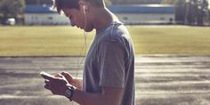 Jungen in der Pubertät: Wie sie ticken & was sie brauchen Daniel Wellington, Kids, Teenager, Tricks, Kids And Parenting, Kids Discipline, School Week, Social Behavior, Parenting Books