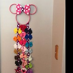 Custom Minnie Mouse hair bow holder by kiksnboo Making Hair Bows, Diy Hair Bows, Bow Holders For Little Girls, Diy Hair Bow Holder, Princess Hair Bows, Organizing Hair Accessories, Minnie Mouse Bow, Barrette, Bow Display