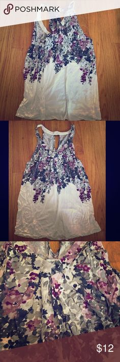 American Eagle Floral Tank S American Eagle Floral Tank S. Excellent Condition. American Eagle Outfitters Tops Tank Tops