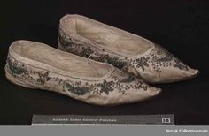 Beautiful embroidered shoes, from the Norsk Folkemuseum