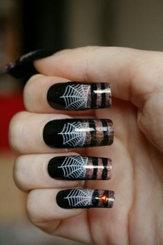 DIY Halloween Nails : Halloween Nail Art