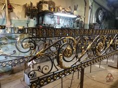 Новости Grand Staircase, Staircase Design, Stairs, Rod Iron Railing, Banisters, Railings, Urban Architecture, Iron Art, Metal Flowers