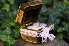 Beautiful wooden wedding ring box. Handmade from gorgeous lime wood and plywood and decorated with wadding and pink lace. Each box is completely handmade and with precision to detail, made with care and love. It`s perfect as an accent for your wedding, add a touch of nature to your celebration.  Size approximately: Length: 7.2 cm (2.8 in.) Width: 5 cm (1.95 in.) Height: 4.3 cm (1.67 in.)