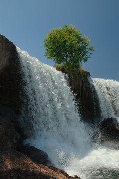 Rio Novo, Jalapão, Tocantins, Brazil-15 Beautiful Photos of Amazing Waterfalls